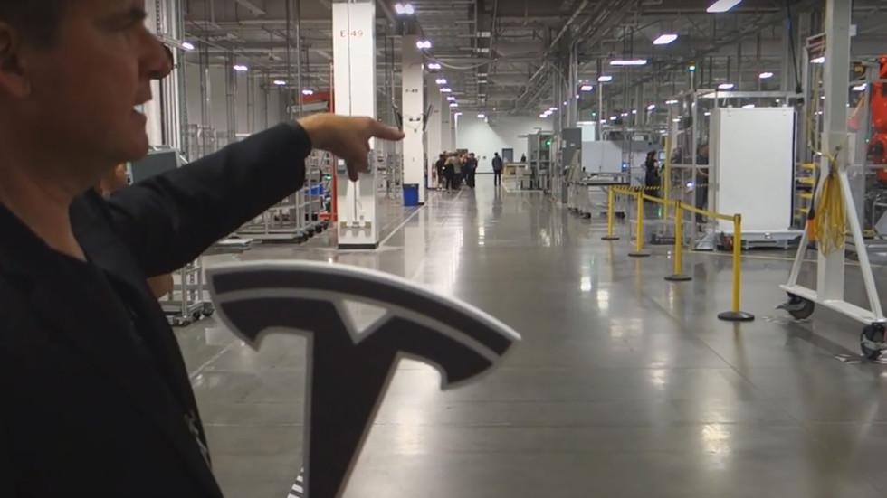 Tesla произвела уже 70 000 электрокаров Model 3 1