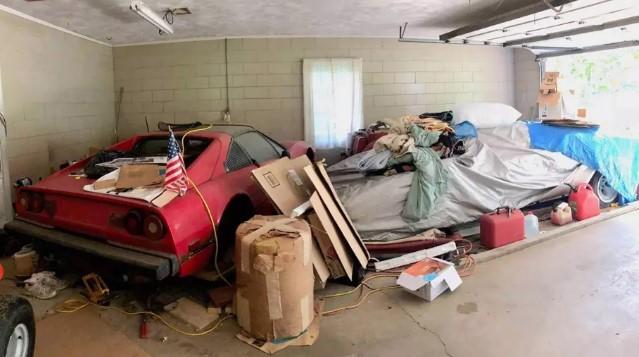 Внук нашел в гараже бабушки эксклюзивный Lamborghini Countach 1
