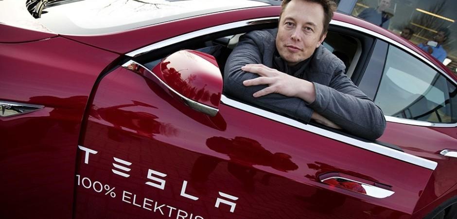 Илон Маск рассказал о приватизации Tesla 2