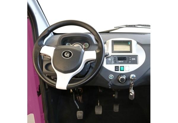 Самый дешевый электромобиль вышел на украинский рынок 3