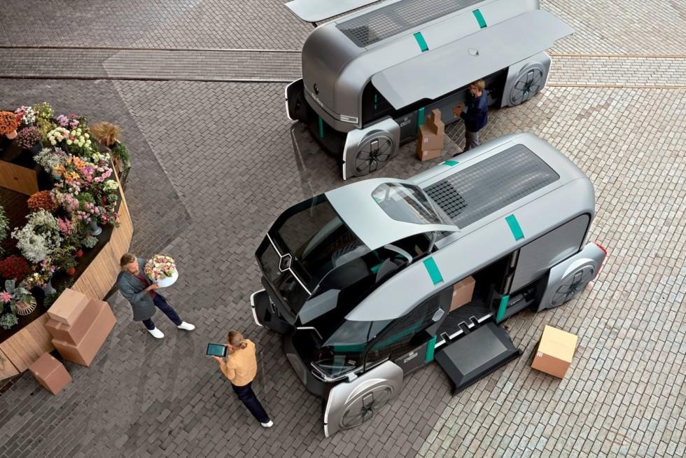 Renault хочет отправить профессиональных водителей в отставку 1