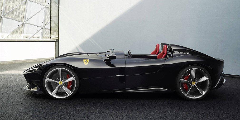 Ferrari выпустила два спидстера с самым мощным мотором в своей истории 3