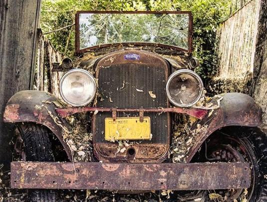 Как выглядит самое старое кладбище автомобилей 2