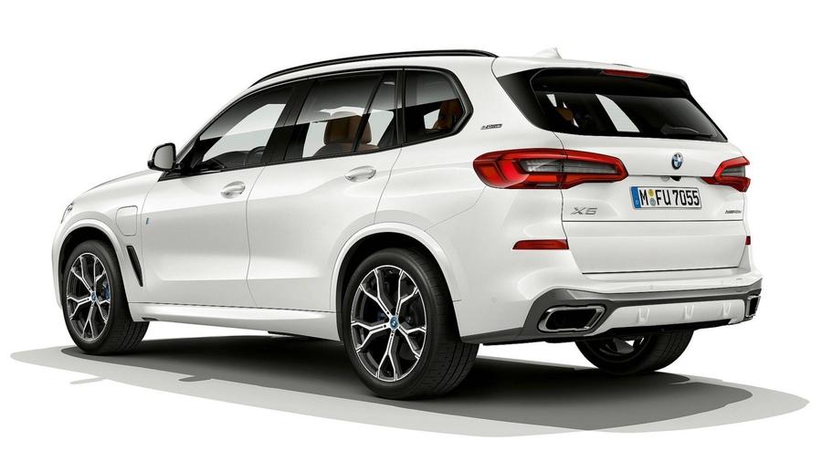 Гибридный BMW X5 стал экономичнее 2
