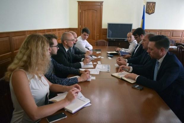 Украина и Молдова создадут «зеленый коридор» для электромобилей 1