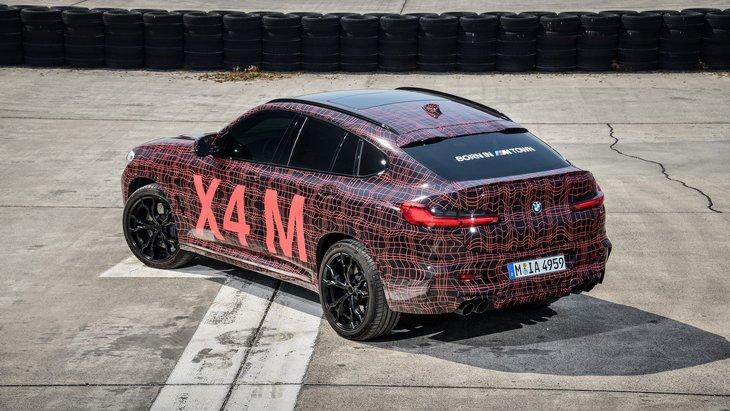 BMW показала прототипы горячих кроссоверов X3 M и X4 M 2