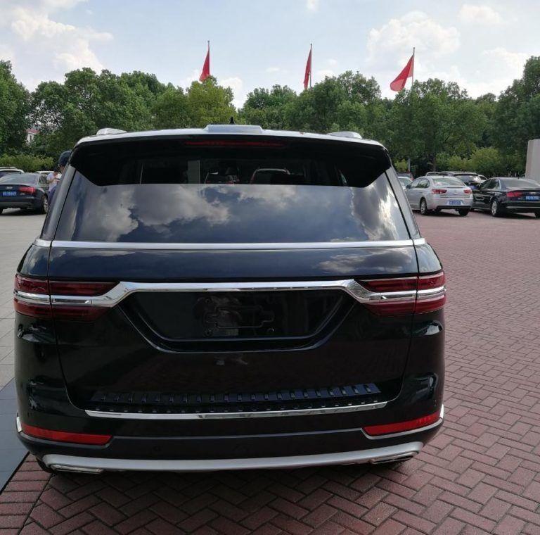 Живые фото китайского клона Range Rover Sport за $23 000 1