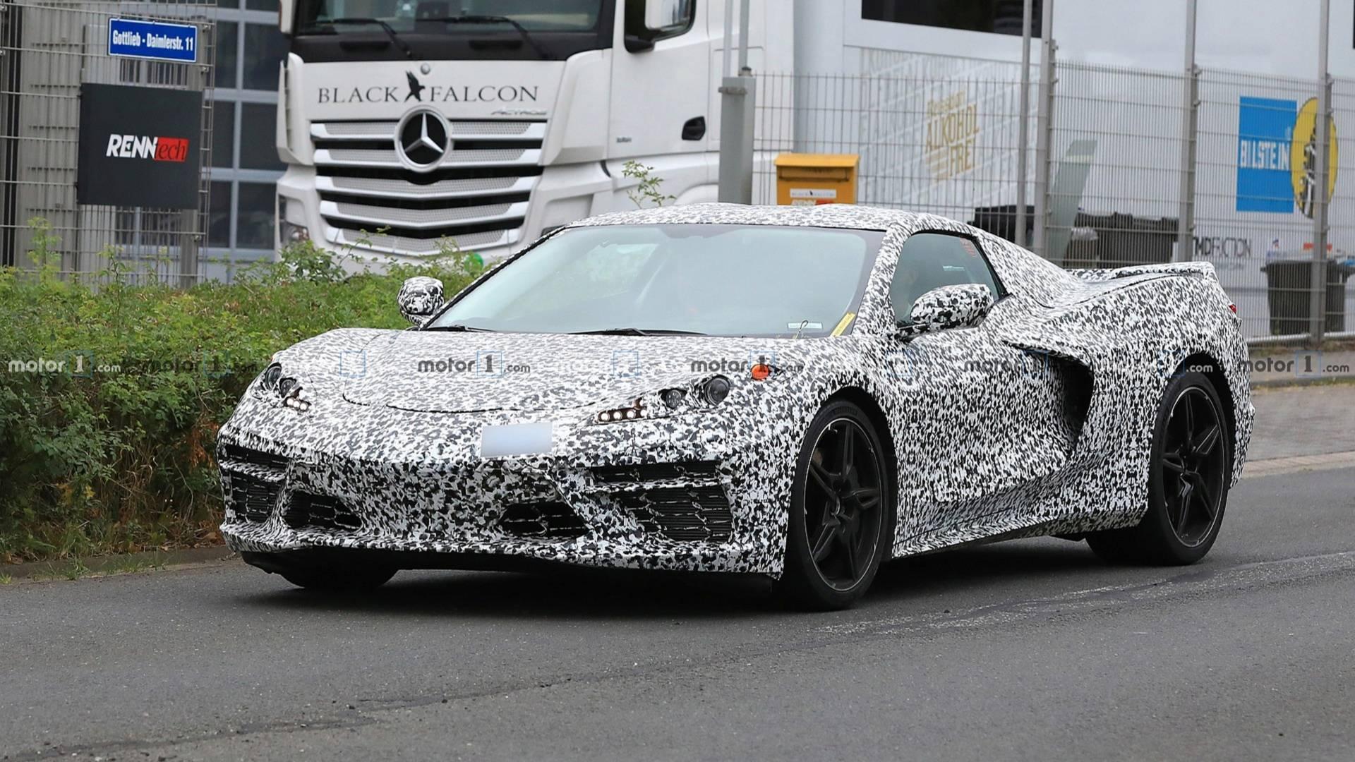 Купе Chevrolet Corvette C8 заметили на тестах 1