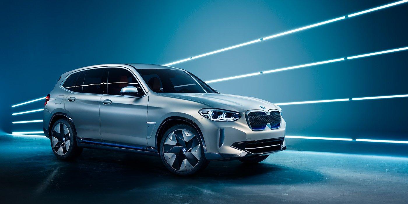 BMW начала принимать заказы на электрический кроссовер iX3 1