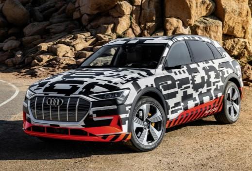 Audi опередила Mercedes и первой запустила в серию новый кроссовер 1
