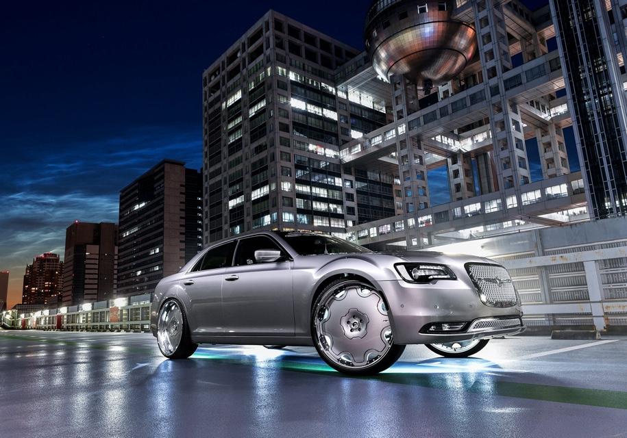 Вот так выглядит Chrysler 300C на 26-дюймовых дисках 2