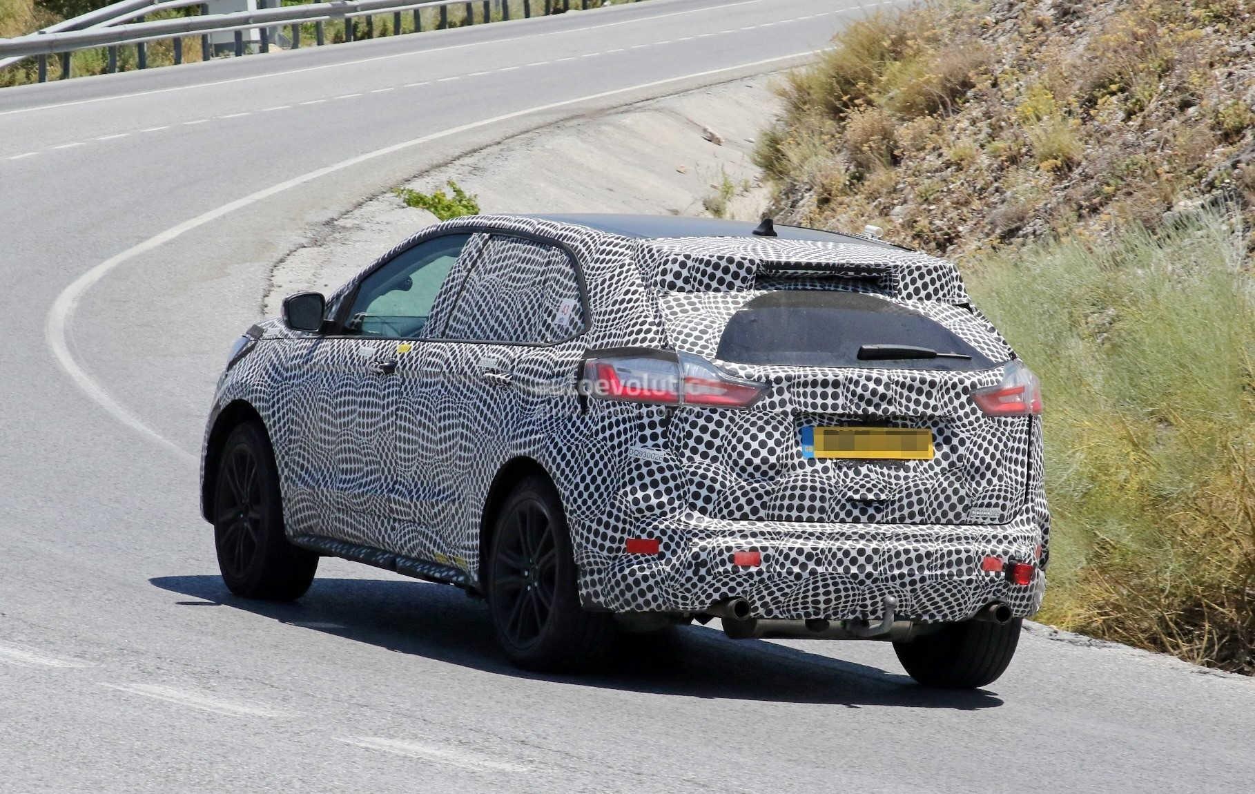 Европейский прототип 2019 Ford Edge выглядит незавершенным 2