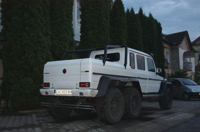 Самый дорогой 6-колесный «Гелик» замечен в Украине 1