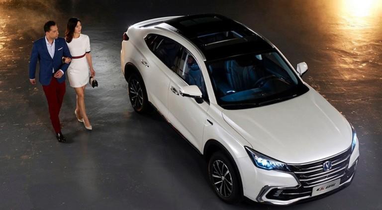 Опубликованы изображения китайского конкурента BMW X4 2