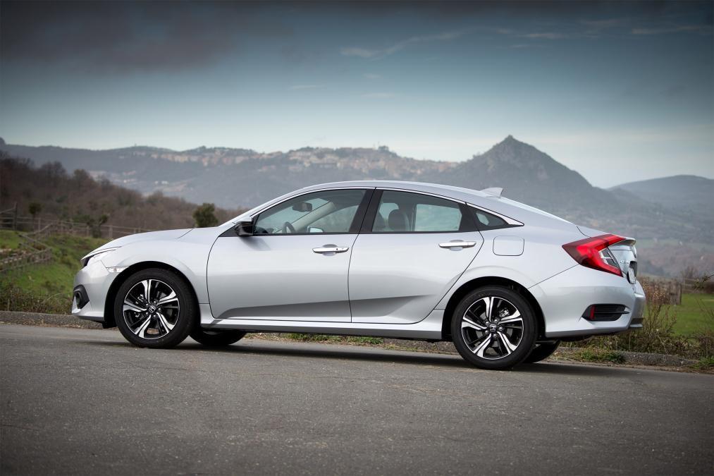Седан Honda Civic выйдет на рынок уже в августе 1