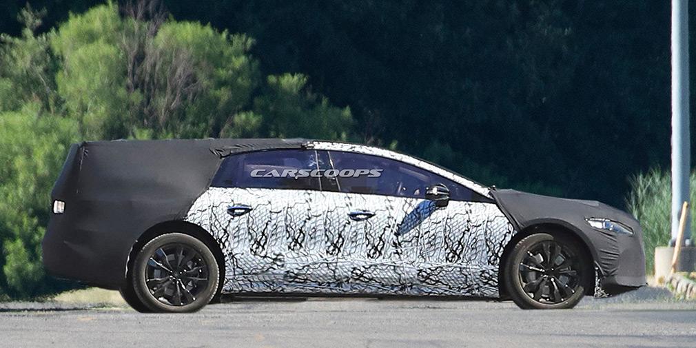 Mercedes начал тестировать флагманский электрокар 1