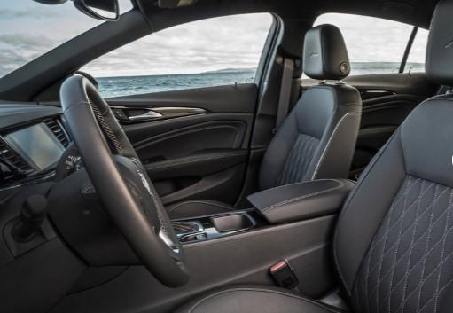 «Близнец» Opel Insignia обзавёлся роскошной версией 2