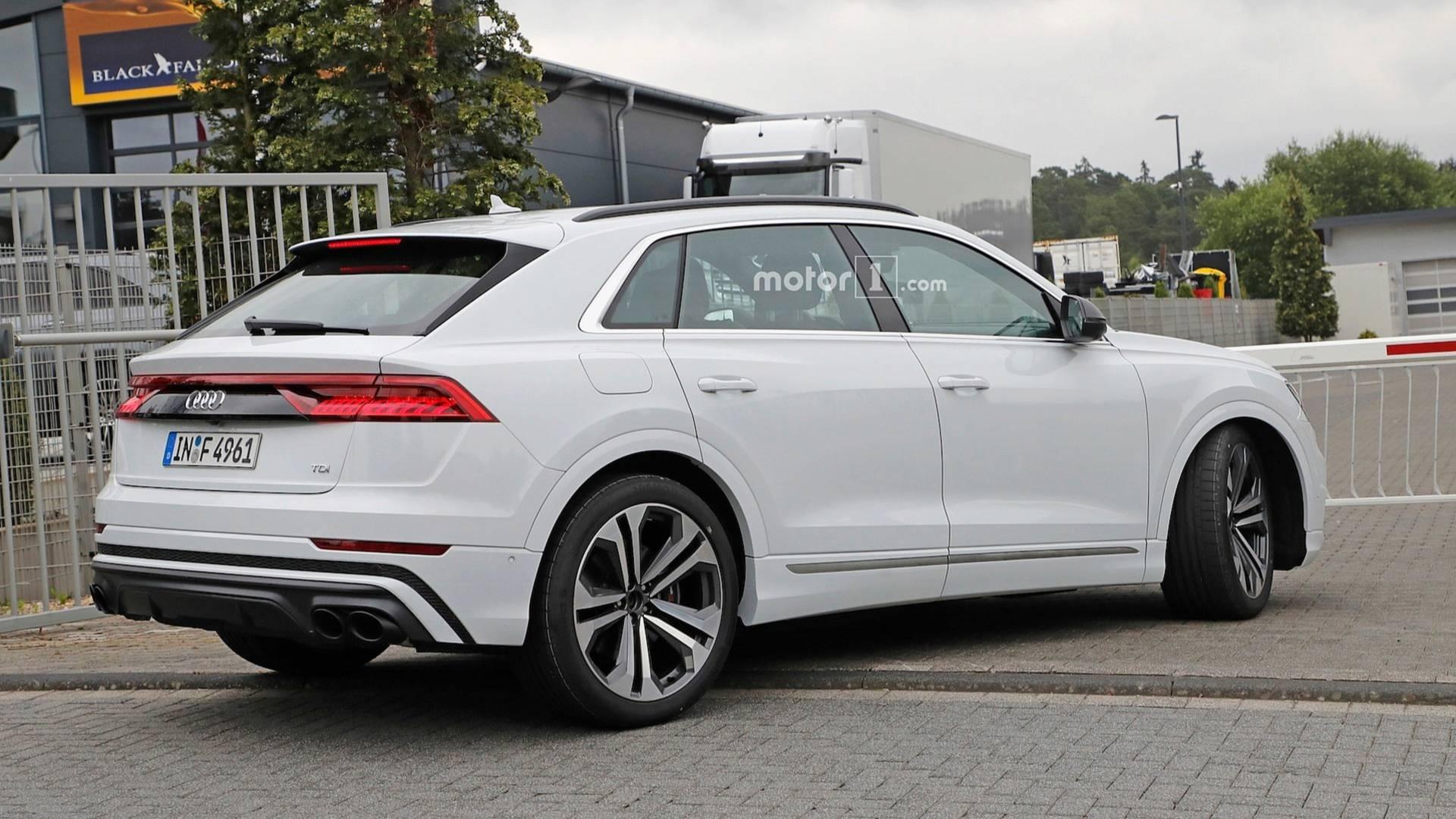 Audi SQ8 замечен в Нюрбургринге 2