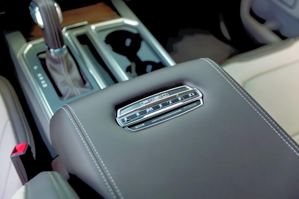Пикап Ford F-150 Limited обзавелся мотором от «Раптора» 3