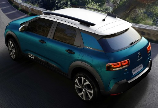 Конкурент Hyundai Creta и Nissan Kicks от Citroen: официальные фото салона 2