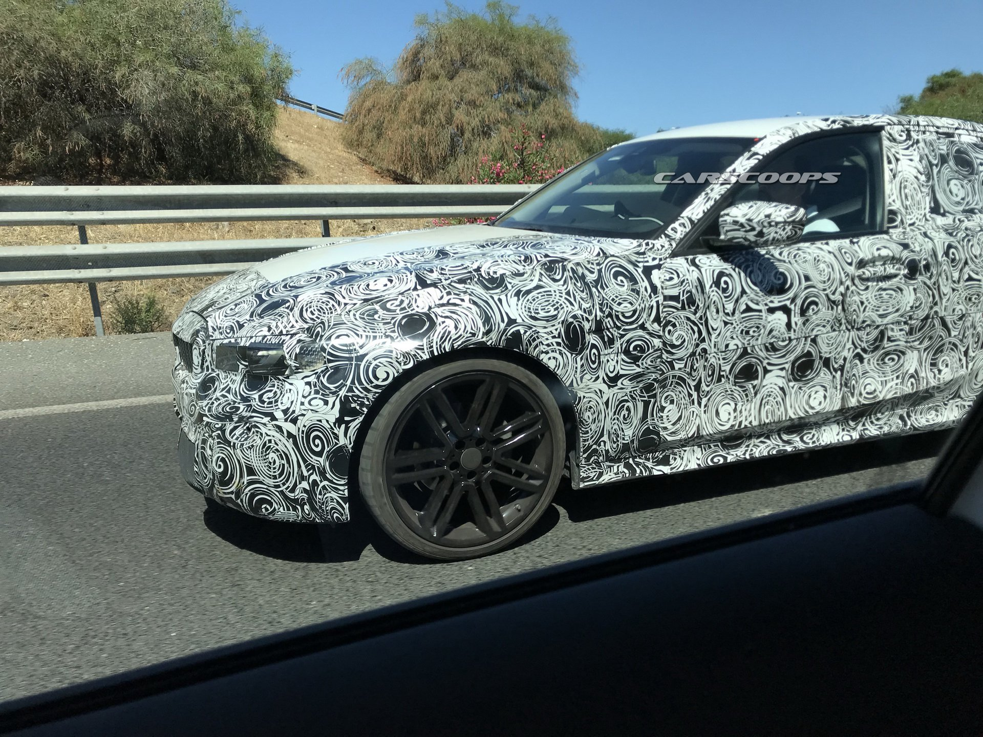 Новые BMW X5 и 3-Series сфотографировали во время тестов 2