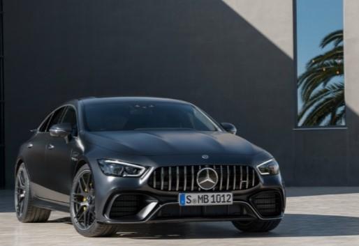 Топовые версии Mercedes-AMG GT 4-door Coupé с V8 поступили в продажу 1