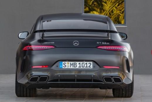 Топовые версии Mercedes-AMG GT 4-door Coupé с V8 поступили в продажу 2