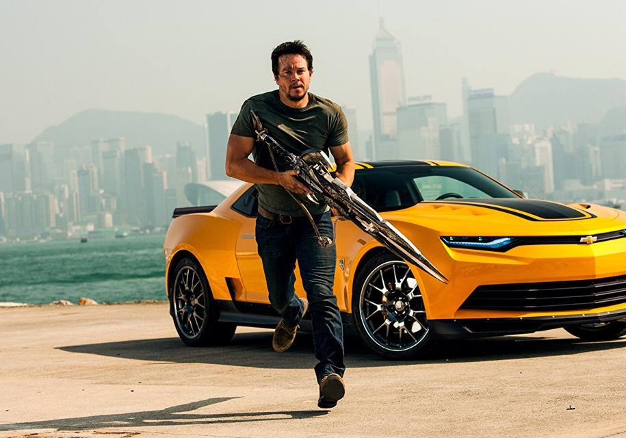 Известный актер решил торговать автомобилями Chevrolet 1