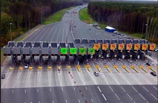 За проезд по первой платной трассе в Украине придется прилично раскошелиться 1