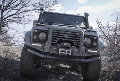 Land Rover Defender «нарядили» в карбон 1