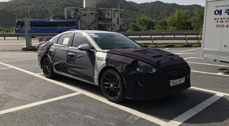 Hyundai Sonata нового поколения замечена во время испытаний 2