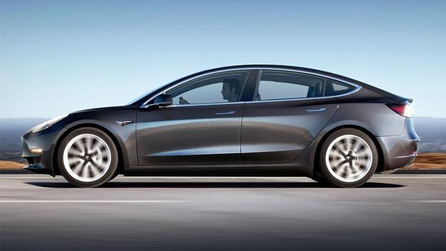 Компания Tesla – больше не лидер на рынке электромобилей 1
