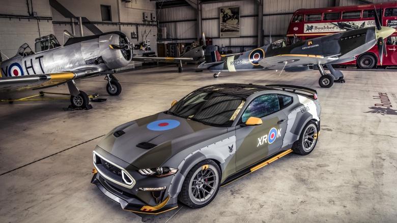 Ford оформил Mustang в стиле истребителя 2