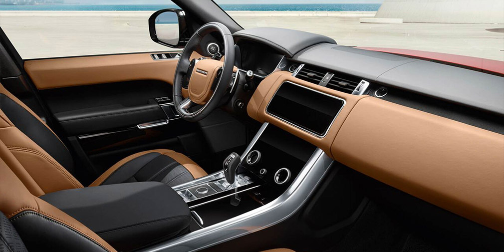 Land Rover презентовал обновленный Range Rover Sport 3