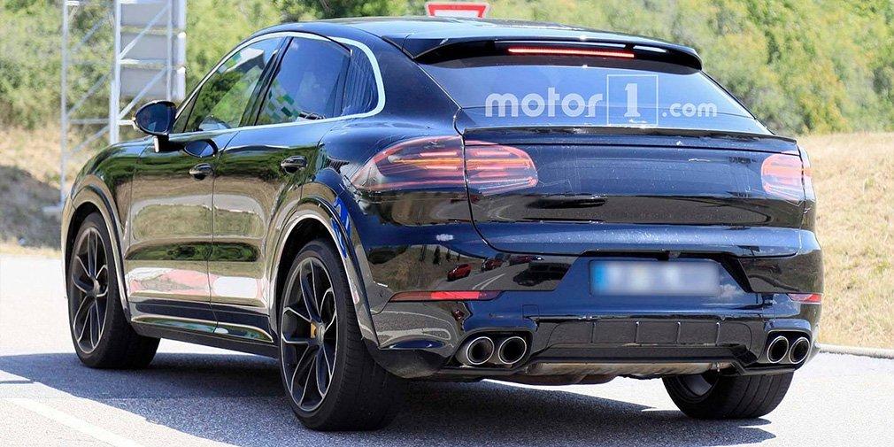 Кросс-купе Porsche Cayenne заметили на тестах 1