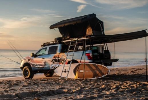 Из пикапа Nissan Titan сделали пляжный домик 1