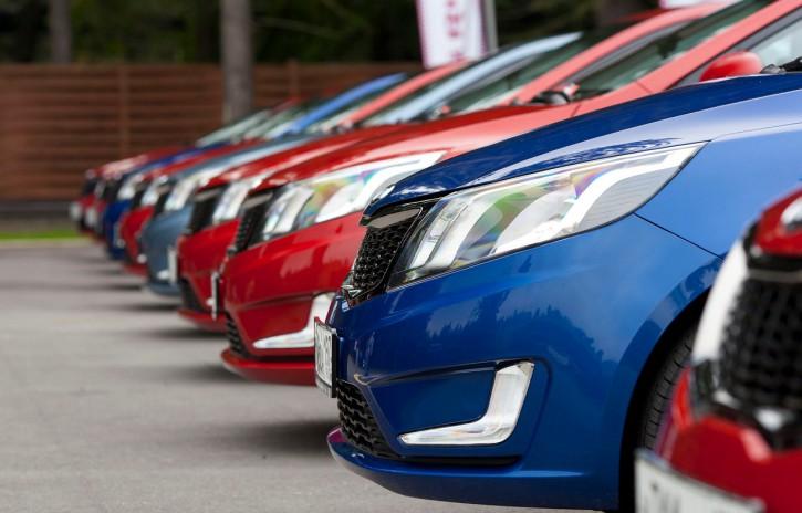 Автомобильный рынок Украины продолжает катиться вниз 1