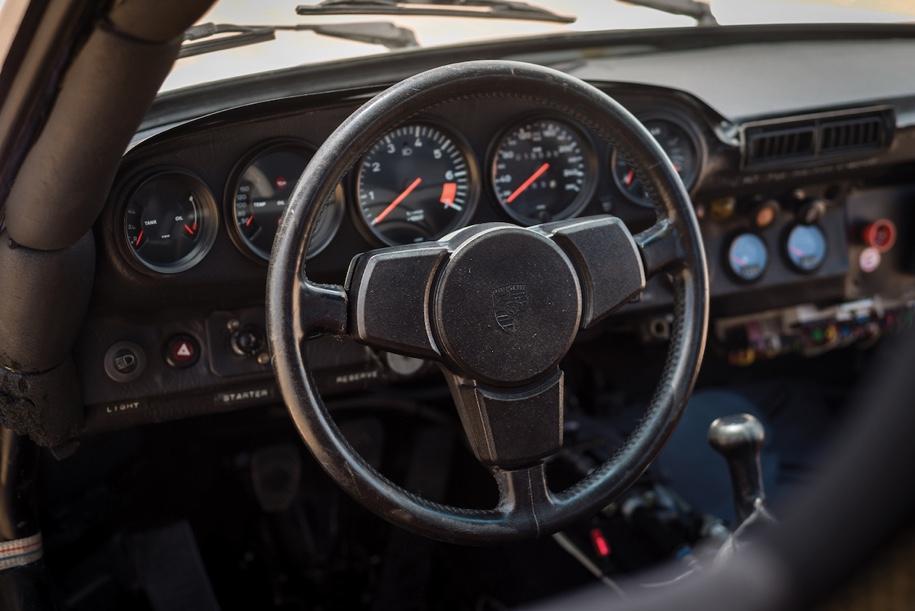«Дакаровский» Porsche впервые выставят на торги 3