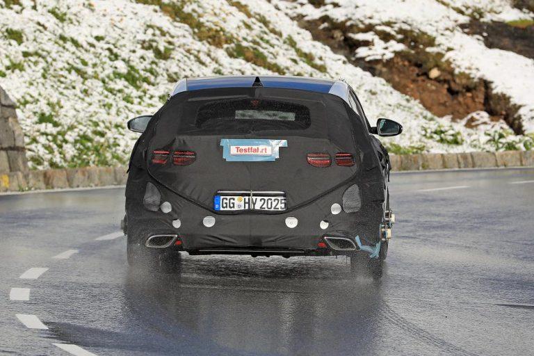 Шпионы заметили «заряженный» Kia Proceed GT 2