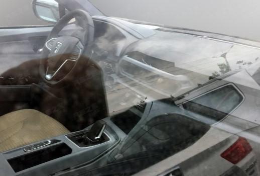 Бюджетная марка GM и SAIC показала изображения нового кроссовера 3