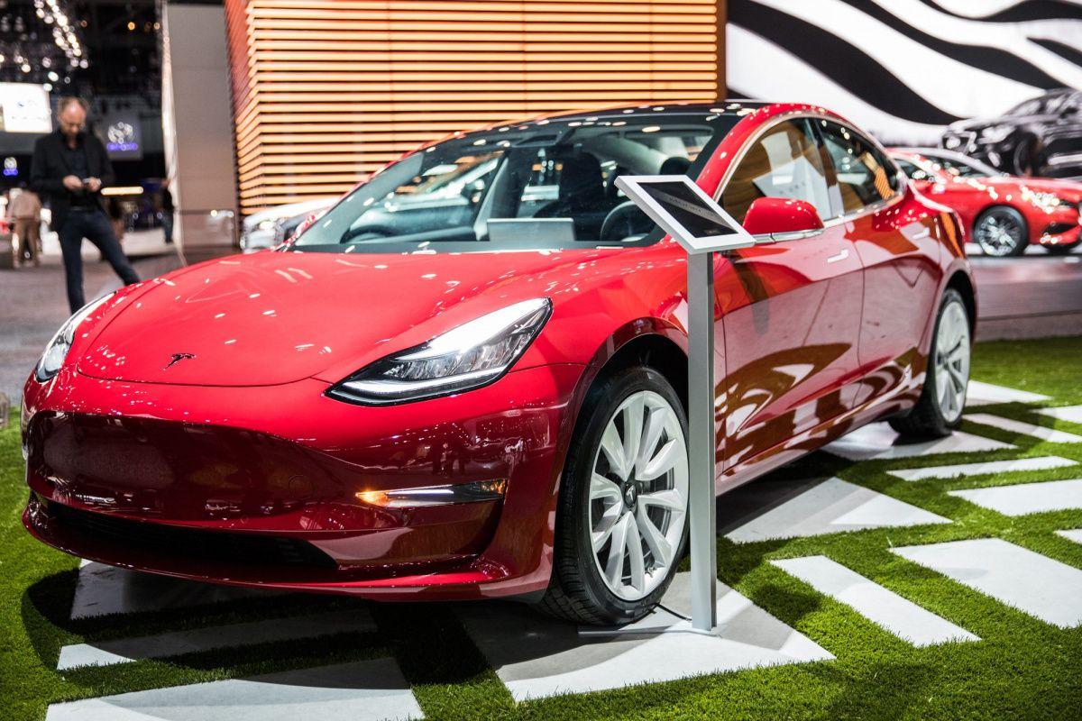 Американцы выступили против льгот на покупку электромобилей 1