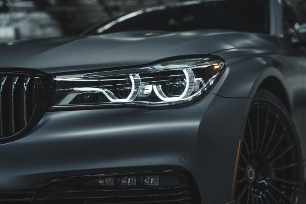 Компания BMW выпустила уникальный седан 3