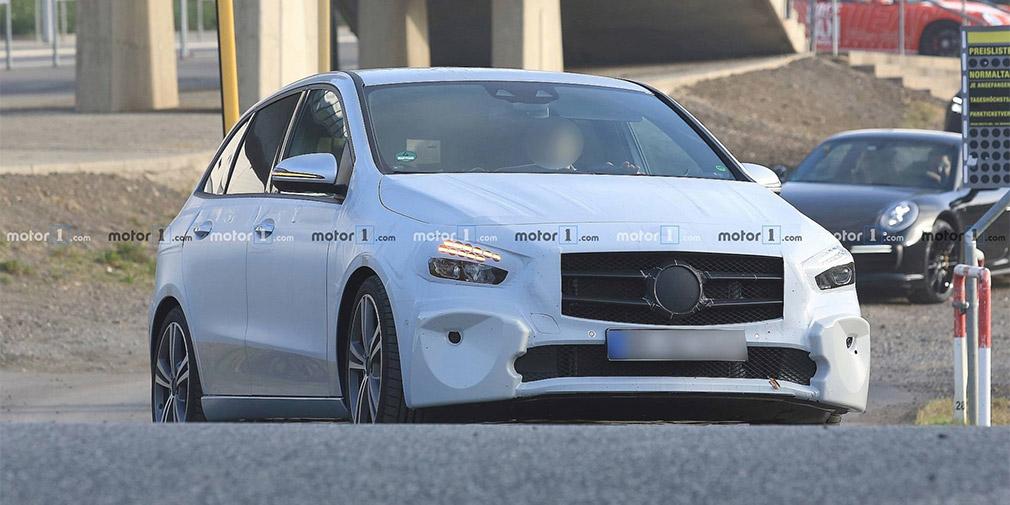 Mercedes-Benz назвал дату премьеры нового B-Class 1