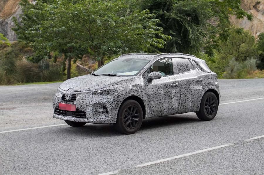 Renault тестирует Captur нового поколения 1