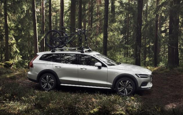 Volvo выкатила новый проходимый универсал V60 Cross Country 4