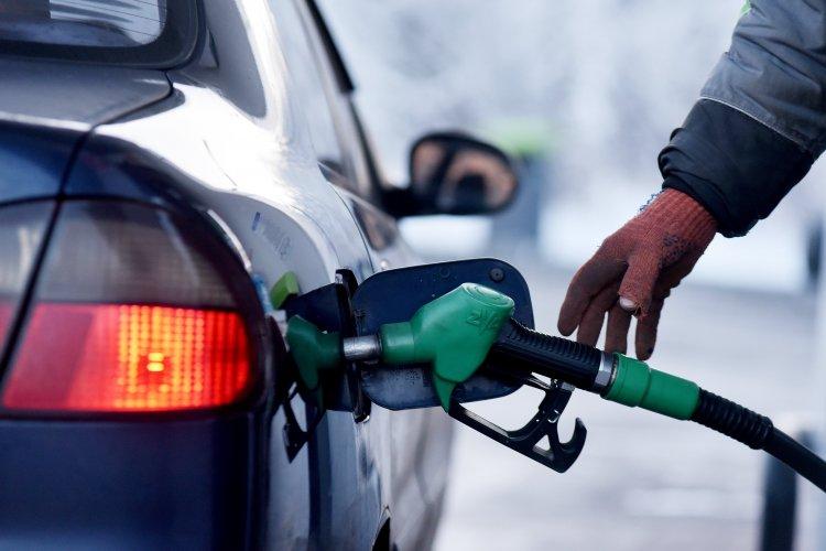 Украинцы массово отказываются от бензина 1