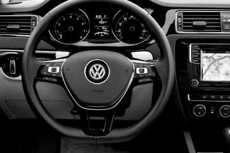 Volkswagen Jetta получила новую версию GLI 1