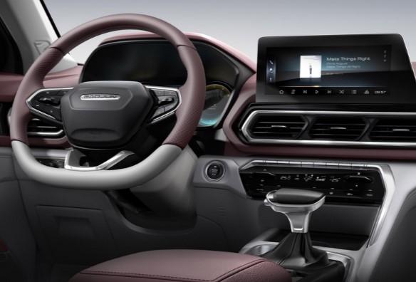 Салон нового бюджетного кроссовера GM и SAIC: смесь «спорта» и «хайтека» 1