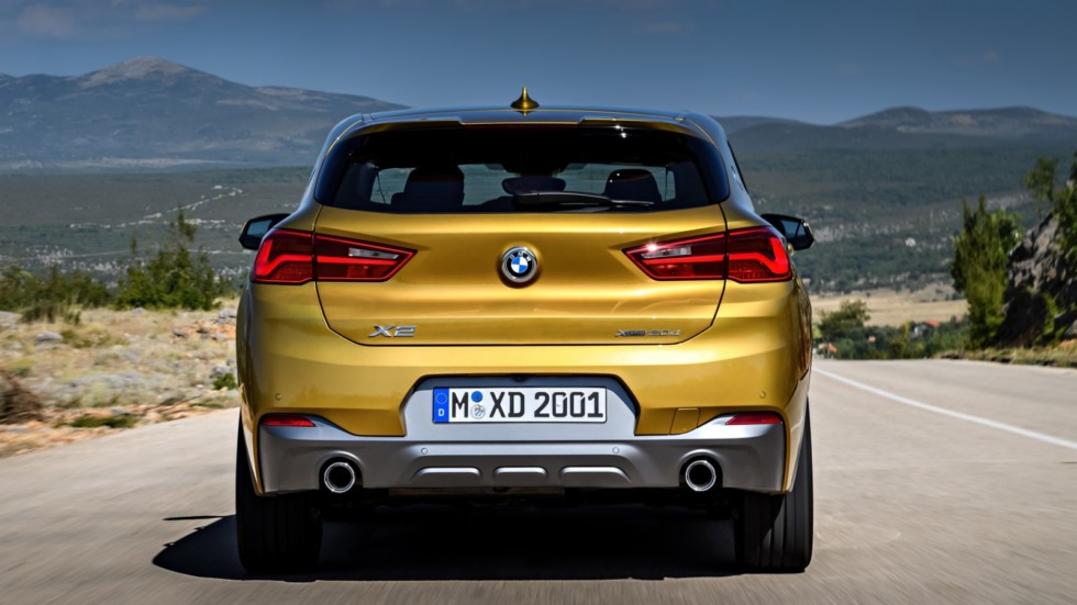 Компания BMW развеяла слухи о кабриолете X2 2