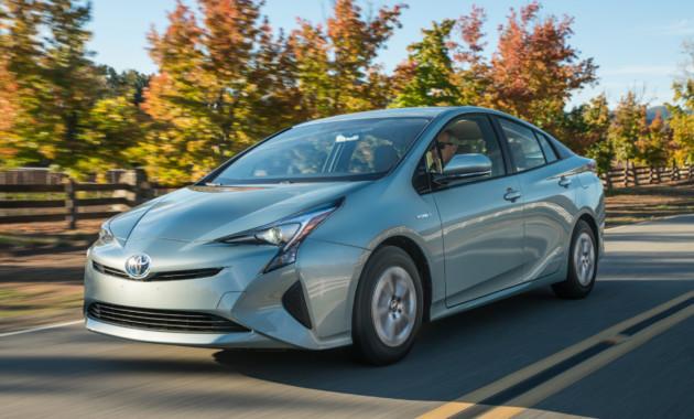 Toyota объявила гранидозный отзыв «Приусов» 1